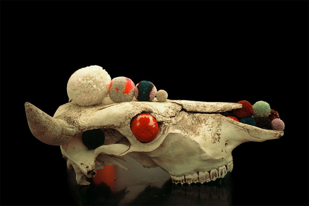 pompon-deco-skull-09